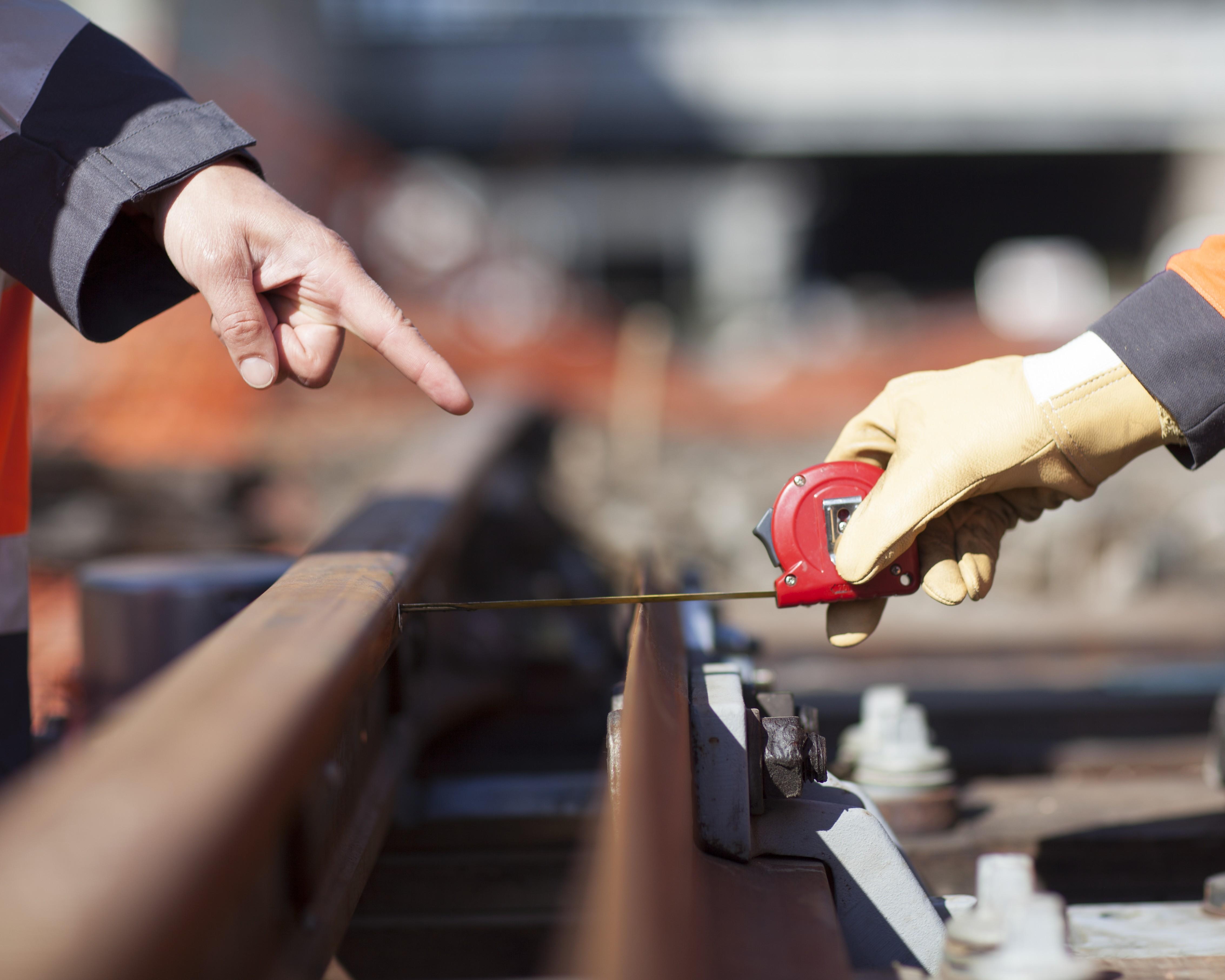 Des responsabilités : vous êtes garant de la sécurité des équipements du réseau ferroviaire… et donc de celle des voyageurs.